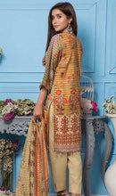 Load image into Gallery viewer, WYSL-6982 - PRINTED ORIGINAL 3PC LAWN SUIT WITH LAWN DUPATTA - SUMMER COLLECTION 2019 - 2020