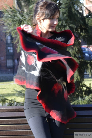 Large shawl black and red with gray 4312