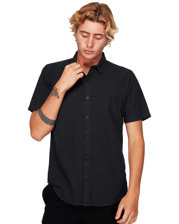 BILLABONG R182191-BLK SHIRT SHORT SLEEVE (M)
