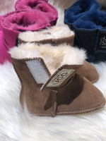 Load image into Gallery viewer, Baby Ugg Booties