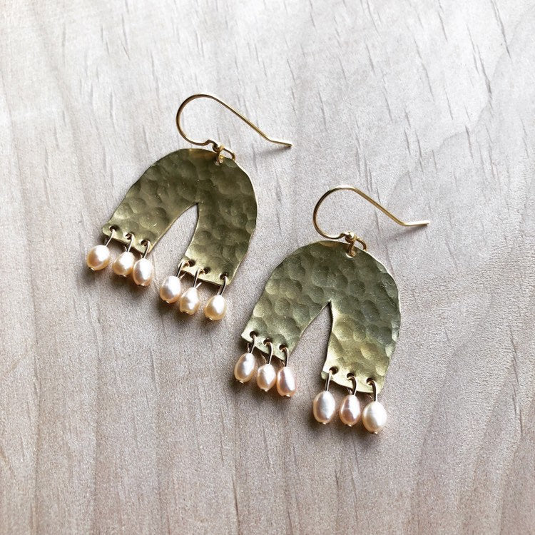 hammered brass, arc shaped earrings with pink pearls