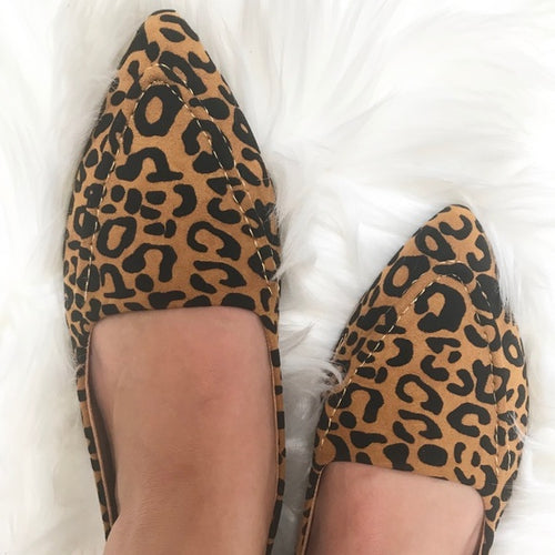Pointed Stitch Leopard Loafer