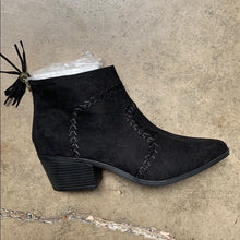 Load image into Gallery viewer, Black Montana Western Tassels Stitch Bootie