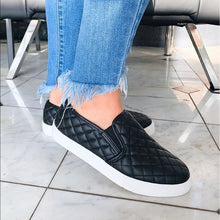 Load image into Gallery viewer, Black Alone Quilted Sneaker