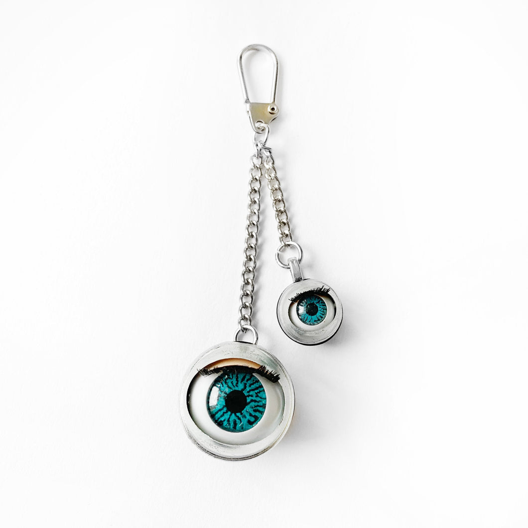 doll eye keyring creepy oddity keychain key ring