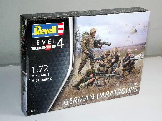 REVELL 02521 GERMAN PARATROOPS 1/72 SCALE