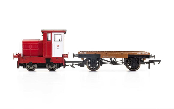 Hornby R3705 John Dewar & Sons  R&H 48DS  0-4-0  No. 458957 - Era 8