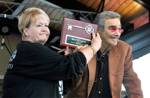 Burt Reynolds Key to the City Plaque