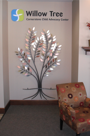 Metal Tree Donor Wall Art