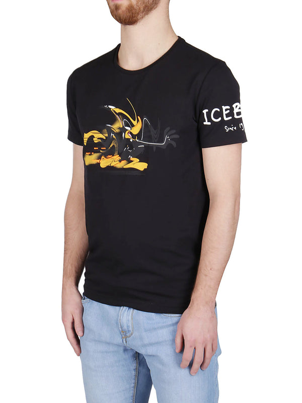 Black Iceberg T-shirt with Daffy Duck