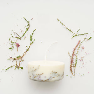 Gift Box: Lavender Relaxation with Botanical Candle