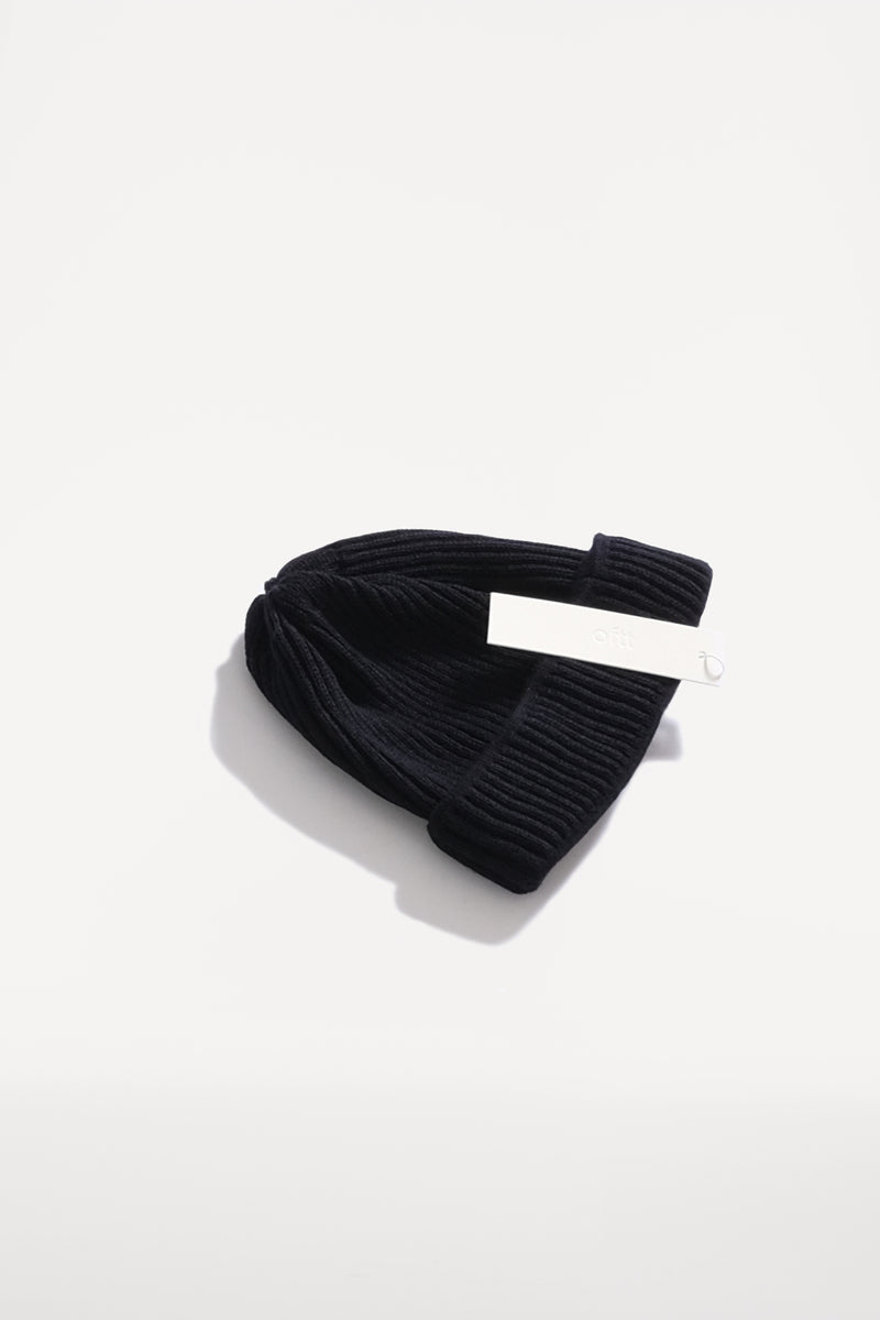 oftt - 00 - merino wool beanie - dark navy - pure wool