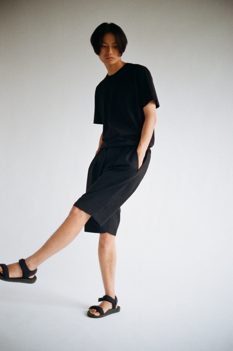 Oftt pleated shorts black wool