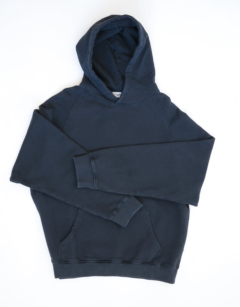 03 / Heavyweight Hooded Sweatshirt