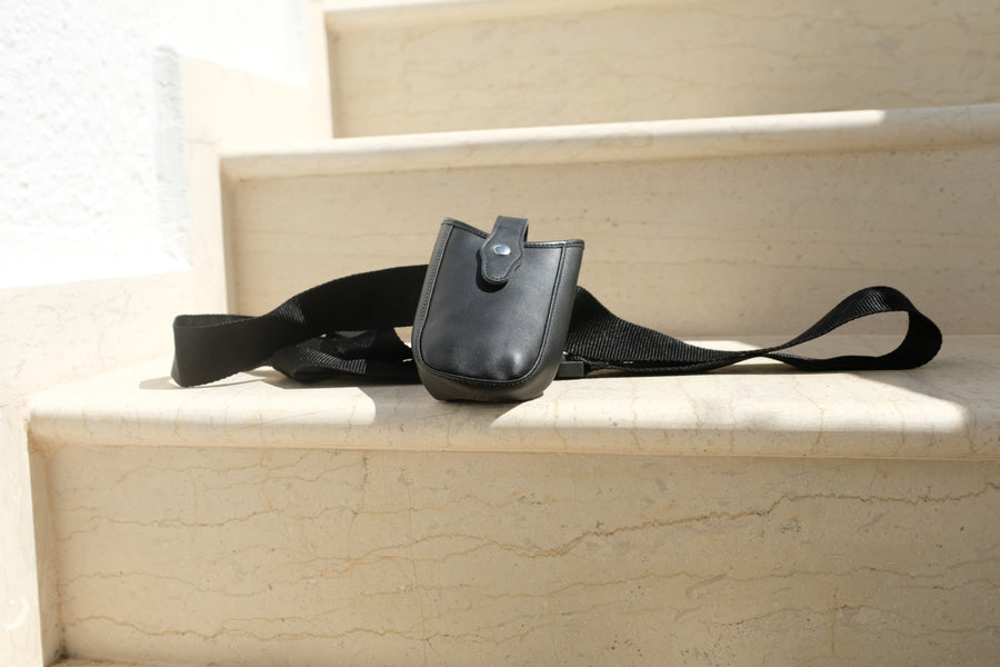 00. Phone Holster / Black
