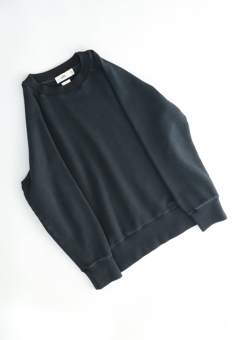 02 / Heavyweight Sweatshirt