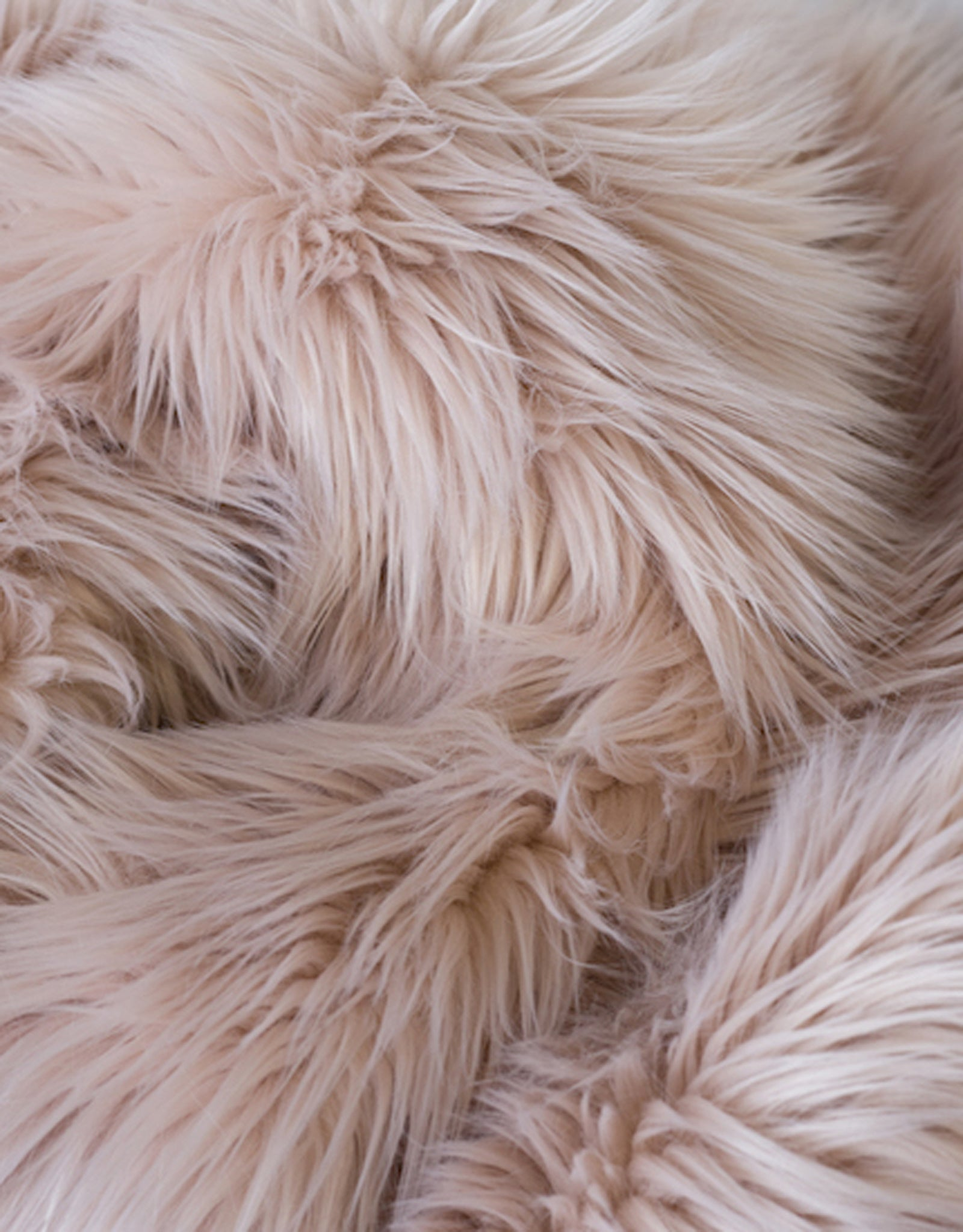 Baaa Faux Fur Throw - Blush
