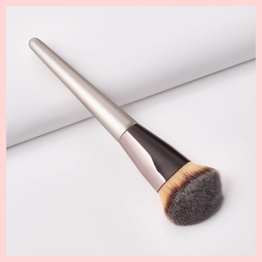 Glowii Angled Champagne Colour Foundation Makeup Brush | Equinox Outlet