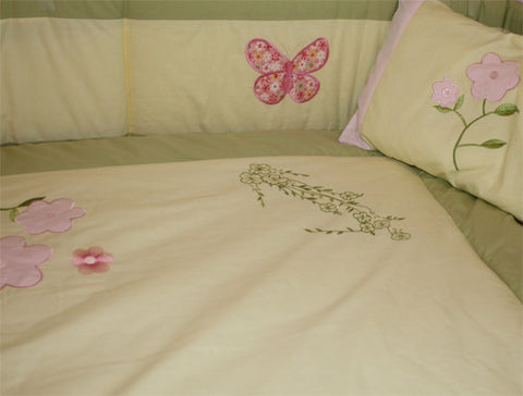 Butterfly Daisy Crib Bedding Set with Nursery Decor, BeddingHut, Bedding, Crib Bedding
