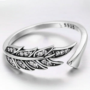 SILVER ANGEL FEATHER RING