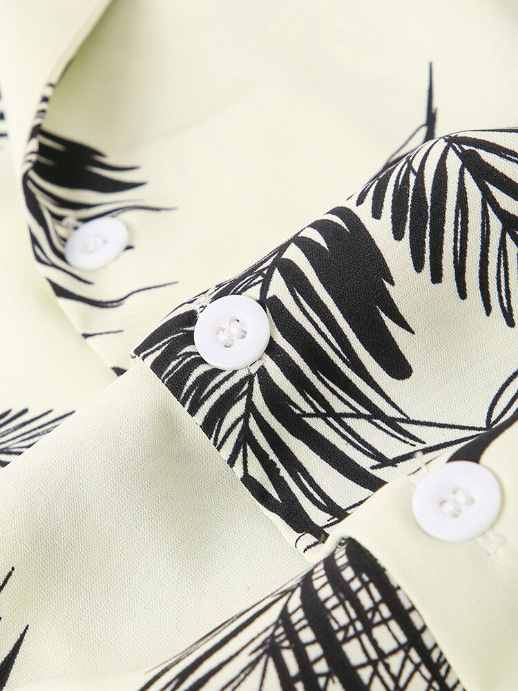 Men Resort Style Palm Leaf Causal Shirt