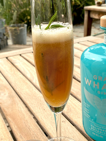 Hemly Sparkling Pear Juice and Gray Whale Gin