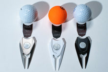 Load image into Gallery viewer, COMBINATION  BAMBOO GOLF TEES AND  DIVOT TOOL  WITH 80 TEES - bamboomamboo europe