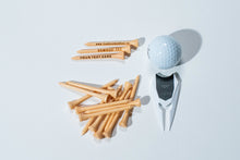 Laden Sie das Bild in den Galerie-Viewer, COMBINATION  BAMBOO GOLF TEES AND  DIVOT TOOL  WITH 200 TEES - bamboomamboo europe