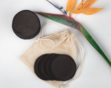 Cargar imagen en el visor de la galería, 48  BLACK  BAMBOO FIBRE MAKE UP REMOVER PADS  AND 3 MINI LAUNDRY BAG - bamboomamboo europe