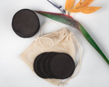 Load image into Gallery viewer, 16 BLACK BAMBOO FIBRE MAKE UP REMOVER PADS  WITH MINI LAUNDRY BAG - bamboomamboo europe