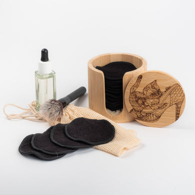 Laser  Engraved  CAT ON SHOE  and Black or Colured   Bamboo/Cotton reusable make up remover pads with laundry bag - bamboomamboo europe