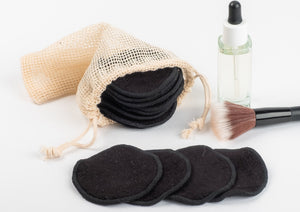 32  BLACK  BAMBOO FIBRE MAKE UP REMOVER PADS  AND 2 MINI LAUNDRY BAG - bamboomamboo europe