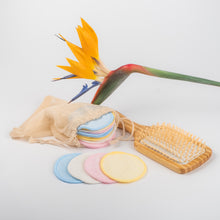 Load image into Gallery viewer, 20 colored  Bamboo mamboo cotton / bamboo makeup remover pads - bamboomamboo europe