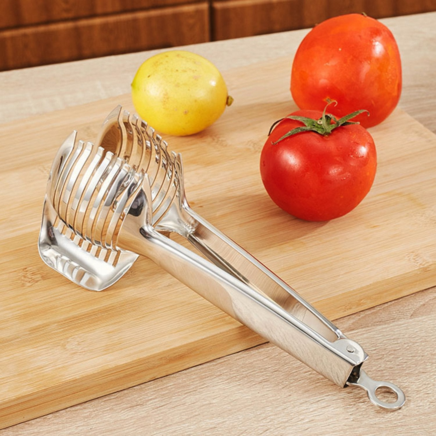 Kitchen Cutting Aid Gadgets Tool Lemon Cutter Multipurpose Handheld Round Fruit Tongs Stainless Steel Onion Holder Easy Slicing