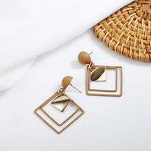 Load image into Gallery viewer, Vintage Asymmetrical  Gold Earrings
