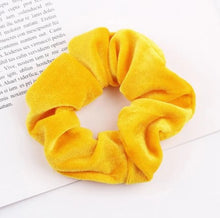 Load image into Gallery viewer, Fashion Style Scrunchie