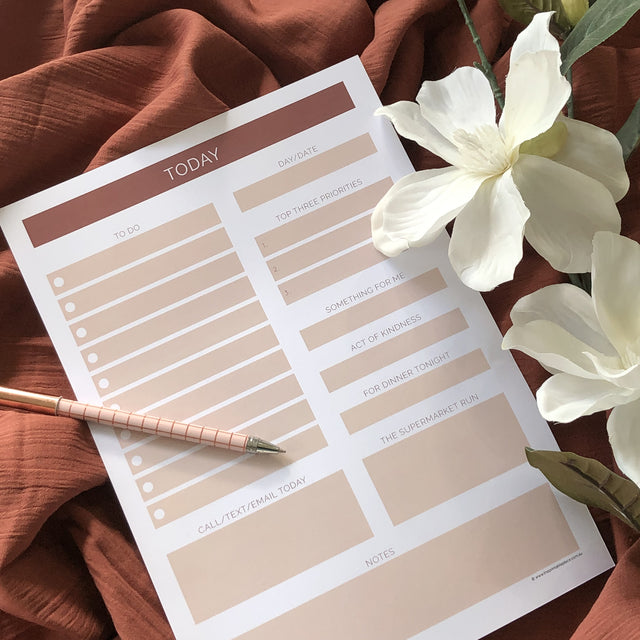 Essential to do list download - The Printable Place