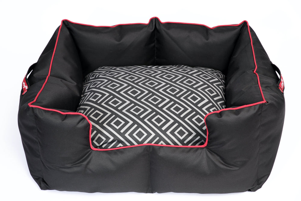 Wagworld K-9 Printed Castle Dog Bed Black & Red Geo