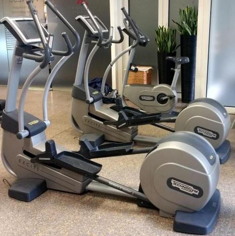 Technogym Syncro Excite 700 Elliptical