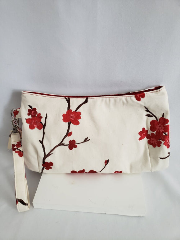 Coraline Clutch (large) - Japanese Cherry Blossoms