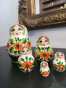 Matryoshka Katusha 5 pieces / Матрешка Катюша 5 кукол 11 см