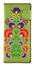 Load image into Gallery viewer, Polaska Flowers Long Wallet Green