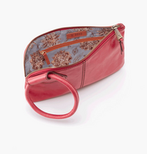 Load image into Gallery viewer, Blossom Sable Leather Wristlet