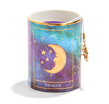 Load image into Gallery viewer, Tarot Scented Candle The Moon