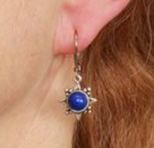 Load image into Gallery viewer, Sunburst Stone Earring