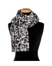 Load image into Gallery viewer, Savannah Cat Faux Fur Scarf