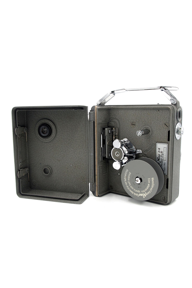 Used Nizo Heliomatic 8 S2r 8mm Camera