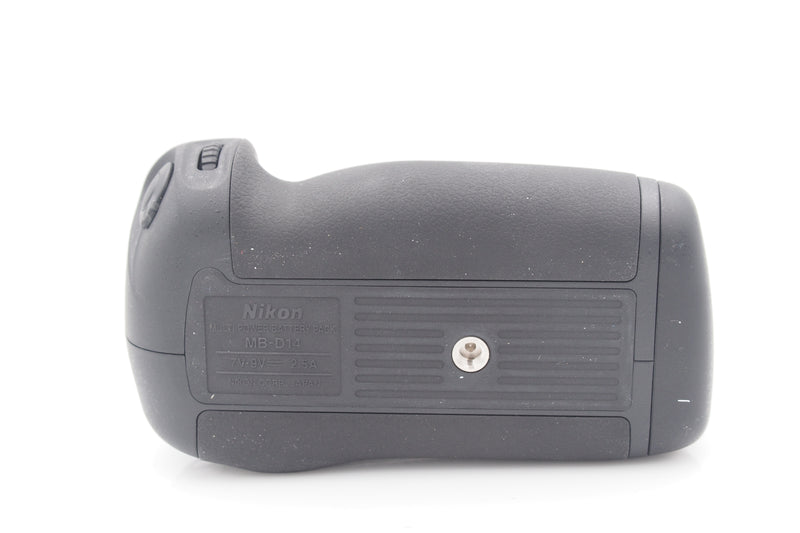 Used Nikon MB-D14 Battery Grip