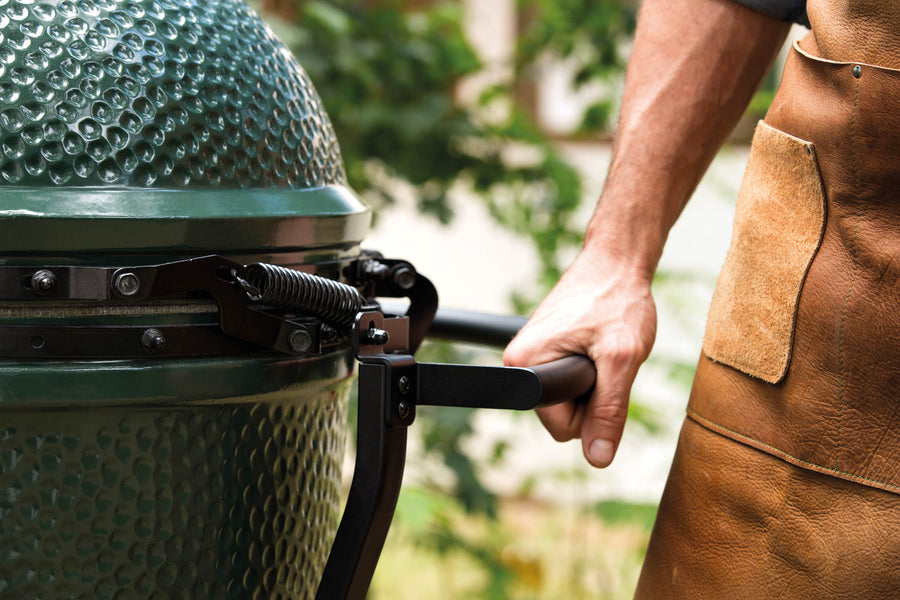 Big Green Egg BBQ LAB Edition - Barbecue a Carbone