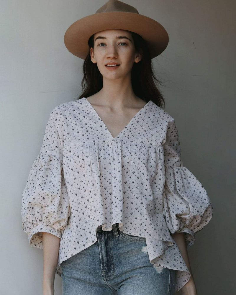 Ditsy Floral Puff Sleeve Top